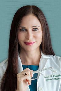 Dr Danielle Grunebaum